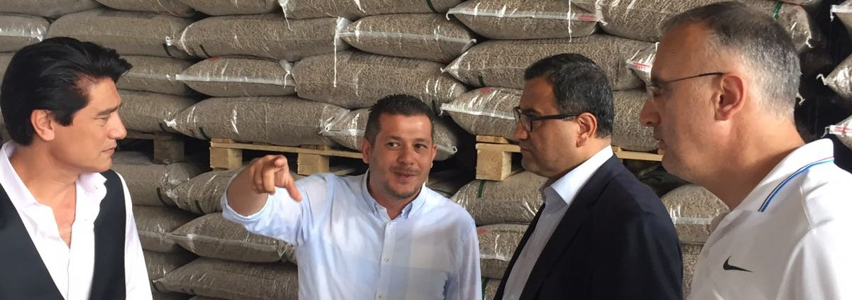 governor visited our pellet factory 1